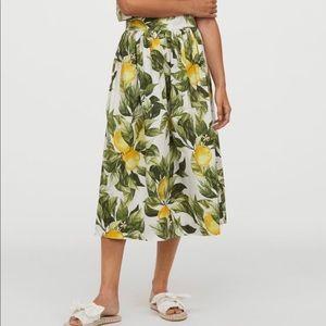 H&M lemon pattern skirt